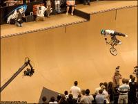 050804_BmxVert03_h