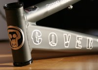 Covert Head tube