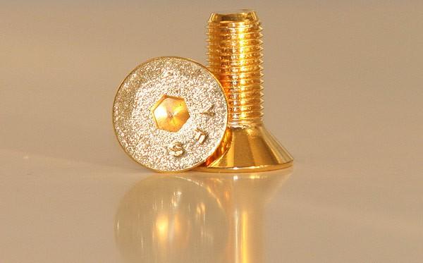 Bling bling gold bolts