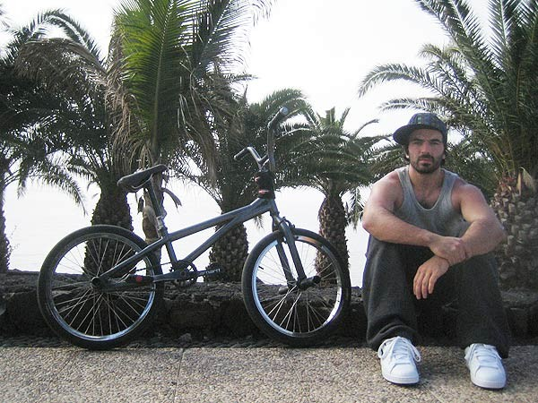 Lowcash in Lanzarotte with bike - finally