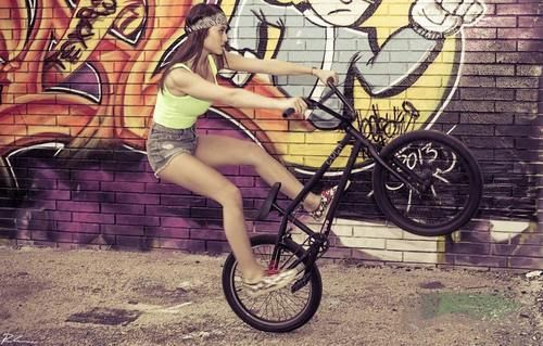 bmx and girl wallpaper - photo #38