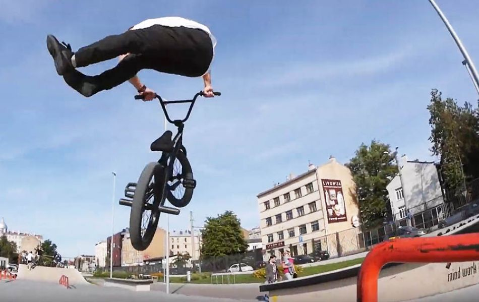 Kristaps Reimanis Kink plaza edit by PARBMX