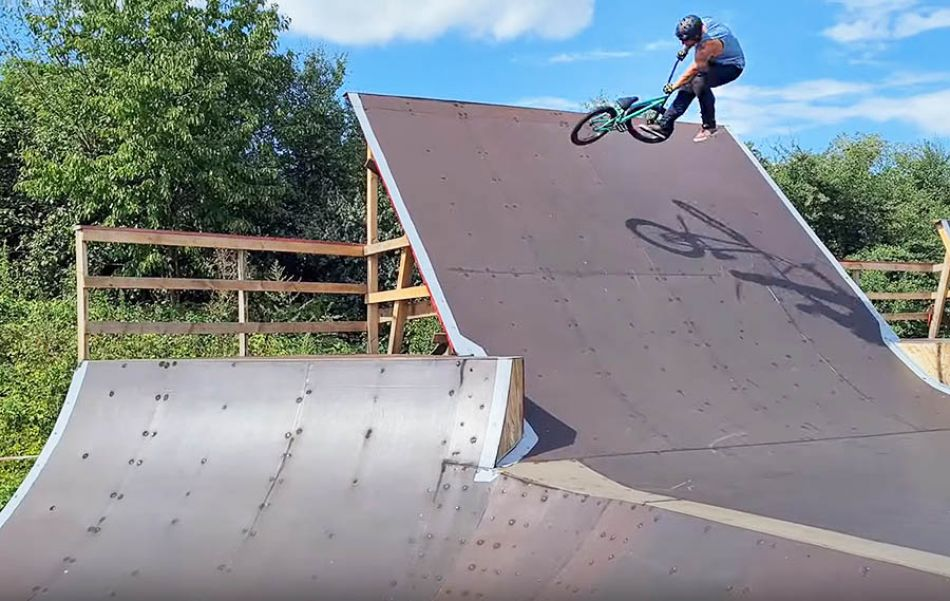 BANGERS 2020: Cama Crew by Mario Mailahn by freedombmx