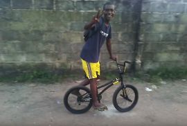 "BMX IN NIGERIA! - ""A BIKE FOR CHE"" - A FLATLAND BMX MIRACLE"