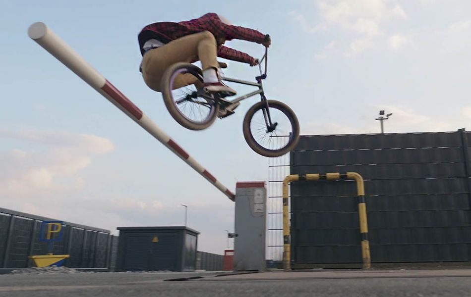 BMXer Paul Prell, filmed by Thomas Weber