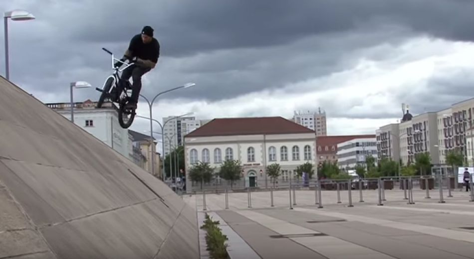 BMX Stephan Götz – IN THE STREETS OF BERLIN Pt2 by Christian Berger