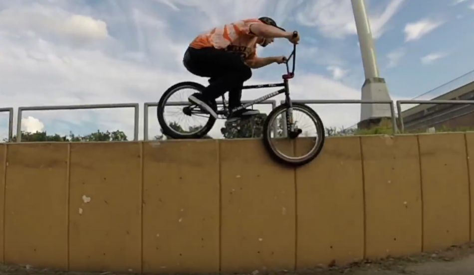 BMX FIRE FROM THE PHILLY STREETS - JEFF PURDY
